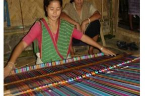 Weaving on tribal loom